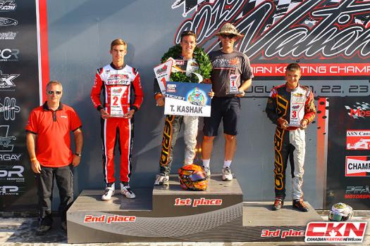 15-08-25-dd2-podium